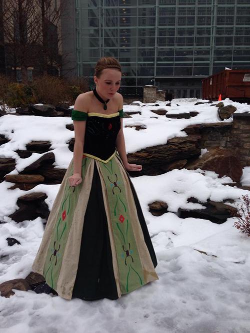 anna-coronation-gown